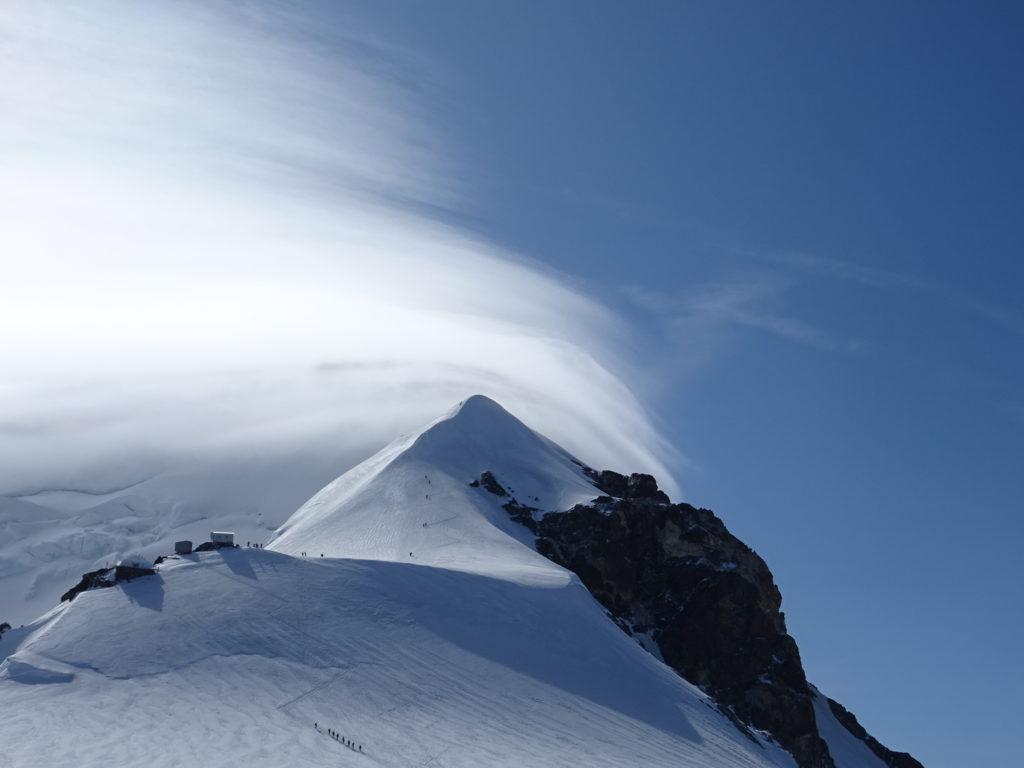 Trace d'accès au sommet du Mont Blanc